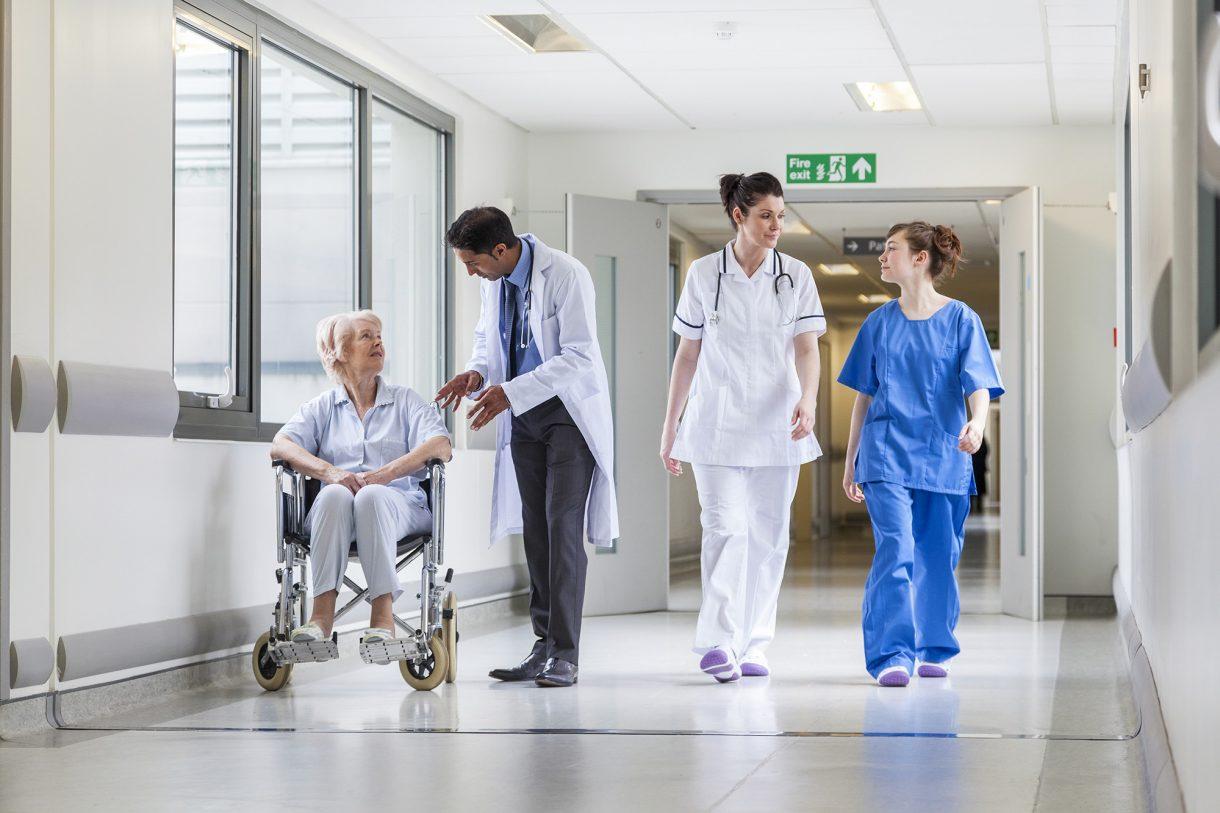 edm-healthcare-solutions-digital-medical-records-digital-transformation-1220x813